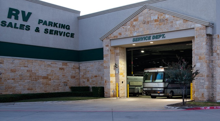 Luxury Coach Service - North Texas RV Repair and Service Dept.